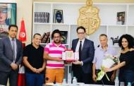 بالصور : وزير الشؤون الثقافية يكرم الفضاء الثقافي