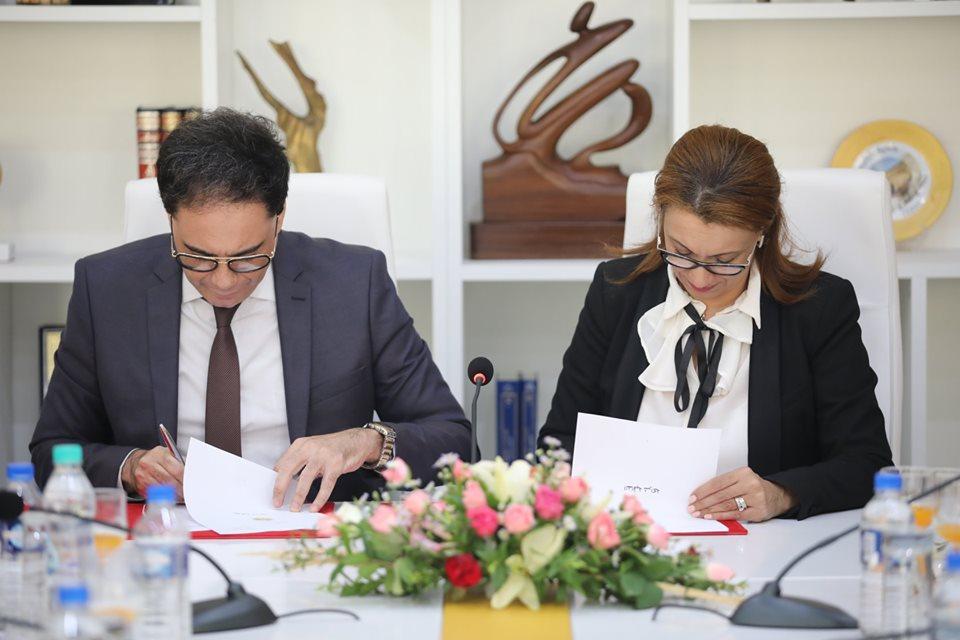 من بين محاورها دعم فرقة مدينة تونس للمسرح :وزارة الشؤون الثقافية توقع اتفاقية شراكة مع بلدية تونس